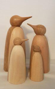 pingvinfigurer i træ